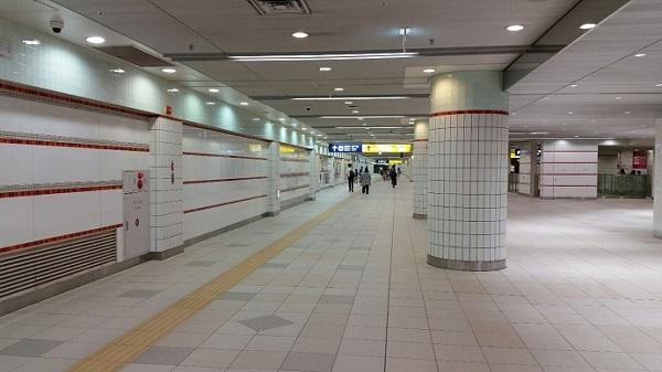 横浜駅_南北横断通路