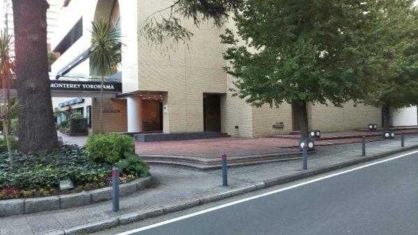 みなとみらいAI運行バスの乗降スポット-ホテルモントレ横浜