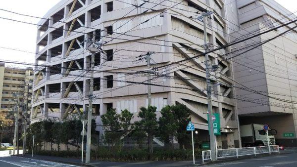 新横浜のニトリ駐車場の出口