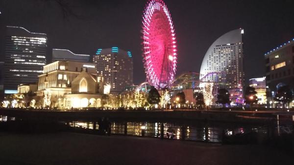 桜木町汽車道から見える夜景(コスモクロック21とインターコンチネンタルホテル)