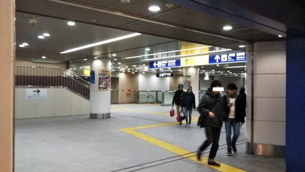横浜駅の京急通路