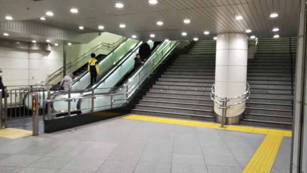 横浜駅南通路