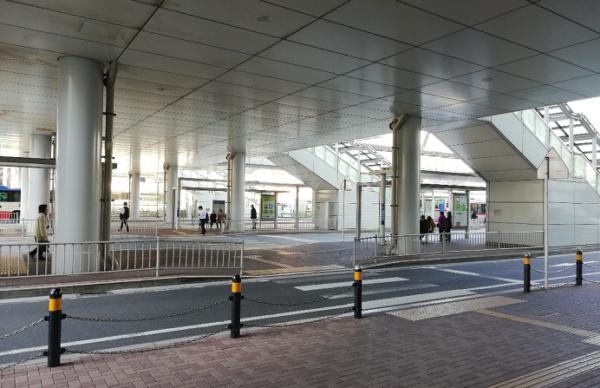 新横浜駅のバス乗り場