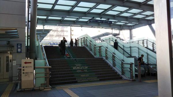 新横浜前歩道橋デッキ