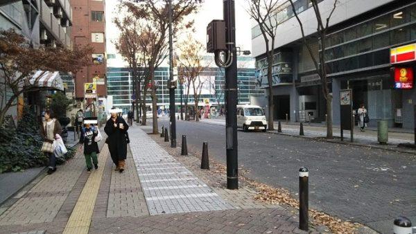 横浜アリーナ前