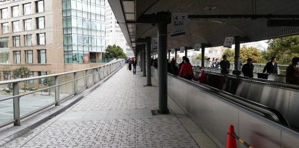 桜木町駅前の動く歩道