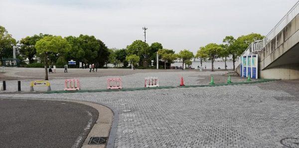 臨海パークの入り口(南広場)