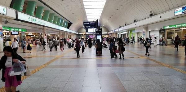 川崎駅(JR線)の中央通路