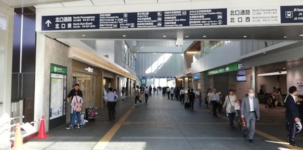 川崎駅の北口通路
