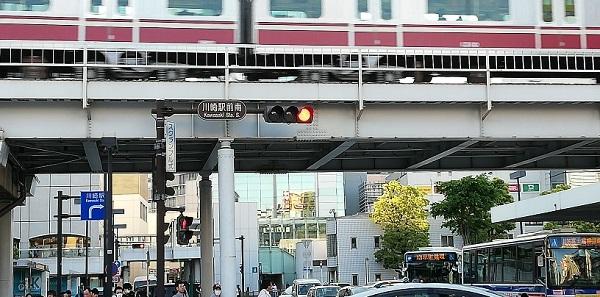 川崎駅前南信号、交差点