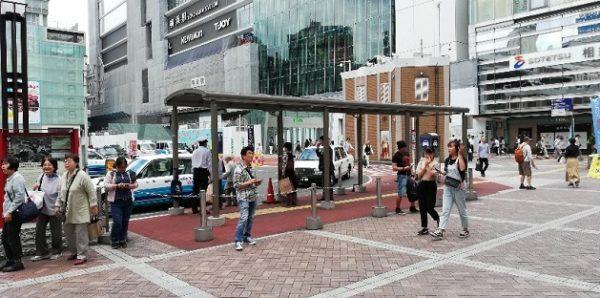 横浜駅西口バスロータリー横のタクシー乗り場