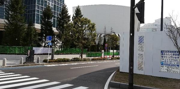 パシフィコ横浜ノース前の交差点