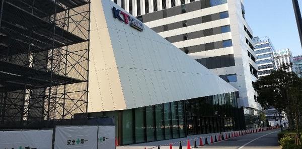 Zepp横浜の出入り口